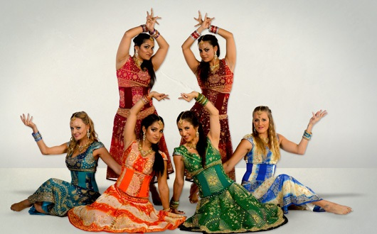 Bollywood Dancers thumbnail