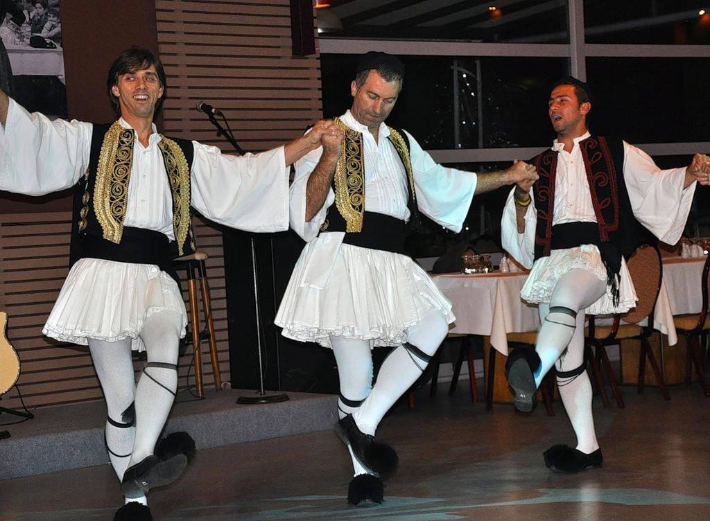 samarskih-grecheskiy-tanets-sirtaki-video-pisayu